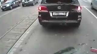 ДТП в центре Москвы, засмотрелся на попы