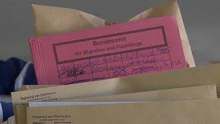 Германия перепроверит беженцев