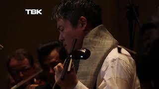 В Красноярск приехал японский музыкант с уникальным инструментом «сямисен»