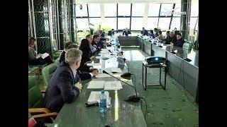Депутаты губернской думы начинают серию встреч по проблемам ЖКХ