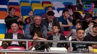 В Каспийске сегодня - второй день турнира по грепплингу