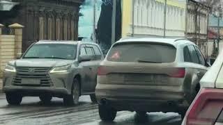 Провал на улице Ильинской в Нижнем Новгороде