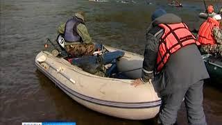 На юге края рыбак попался на собственный крючок