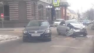 ДТП на Ченцова/ 22 линии 22.2.2018 Ростов-на-Дону Главный