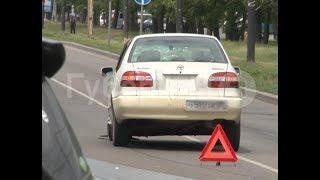 Автолюбительница в Хабаровске пыталась развернуться и попала в ДТП. Mestoprotv