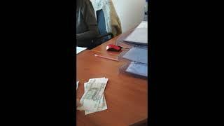 Директора саратовской школы обвинили в поборах1