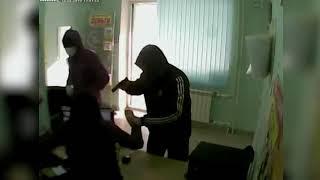 Налетчики, ограбившие офис микрозаймов на улице Тархова, задержаны