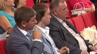 Крымские депутаты обсудили бюджет, соцпомощь и отопительный сезон