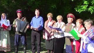 Тюменские казаки дарят городу-имениннку разудалую песню