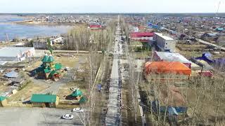 В Белом Яре развернули 1,5-километровую георгиевскую ленту