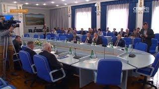 Краевые депутаты почтили память погибших в Кемерове