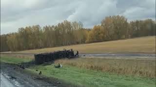 Появилось видео последствий смертельного ДТП, где  Mercedes разорвало пополам