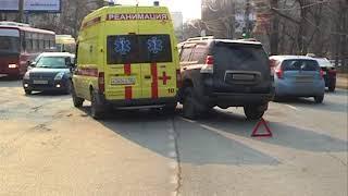 Фельдшер cкорой помощи получила травмы в ДТП с внедорожником