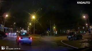 ДТП на перекрестке ул. Театральной и Дмитрия Донского в Калининграде. 08.12.18