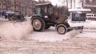 Последствия снегопада на улицах Саранска устраняли почти двести единиц коммунальной техники