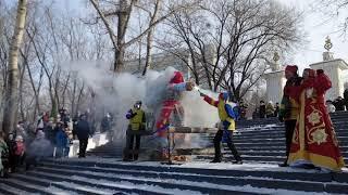 В Хабаровске проводили зиму