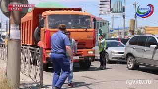 Грузовикам запретят въезжать в Махачкалу без спецпропуска