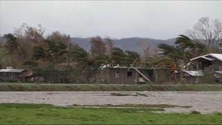 """Свирепый """"Мангхут"""": жертвами тайфуна уже стали 25 человек…"""