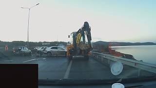 ДТП в Мурманске. Столкнулись 3 Автомобиля. ДТП Сегодня. ДТП Октябрь 2018