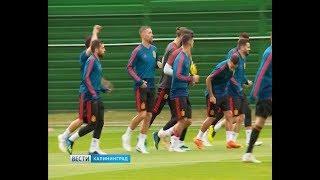 Как футболисты и болельщики готовятся к матчу Испания-Марокко на калининградском стадионе