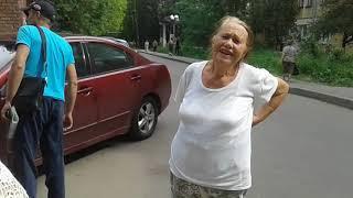 Пенсионеры не смогли попасть на территорию больницы №33 в Нижнем Новгороде