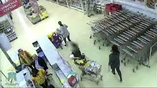 Полиция задержала ставропольчанку, которая вывезла из гипермаркета тележку товара