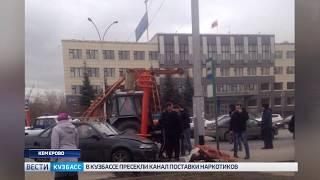 В Кемерове на Кузнецком проспекте произошло тройное ДТП
