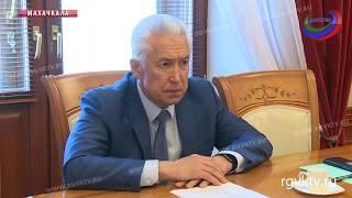 Врио главы Дагестана встретился с полпредом президента в СКФО