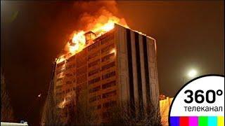В Грозном потушили пожар на крыше высотного дома