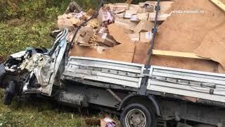 В ДТП пострадали куклы. Под Ревдой столкнулись грузовики