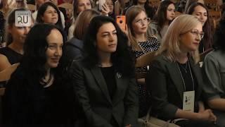 Приветствовать курганских женщин на Уральском деловом форуме приехал консул США Пол Картер
