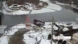 Как в Ярославле заново строят мост через Которосль