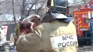 Магазин, склад и кафе загорелись на ул.Дзержинского в Биробиджане(РИА