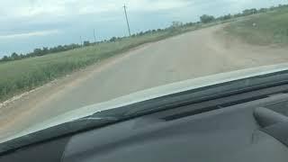 Грузовики в селе Подгорное Энгельсского района разбивают новую дорогу