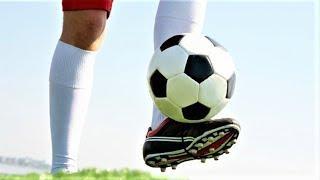 Вартовчане чеканят футбольный мяч, чтобы выиграть конкурс по благоустройству