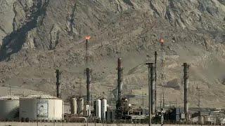 США - Иран: новый пакет санкций входит в силу в понедельник…