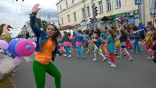 Забавные моменты карнавала на День города Калуги