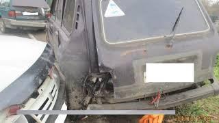 В Рыбинском районе легковушка влетела в припаркованные машины