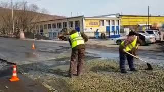 В Петропавловске предприниматель отремонтировал дорогу за свой счет