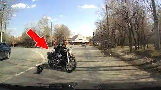 ДТП: Мотоциклист вылетел на встречку в Тюмени