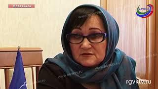 Проблемы дагестанцев выслушали депутаты Госдумы Магомед Гаджиев и Заур Аскендеров