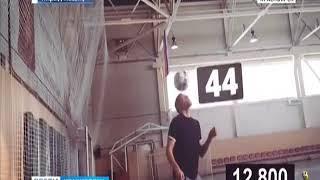 Красноярец собирается установить рекорд по набиванию мяча головой