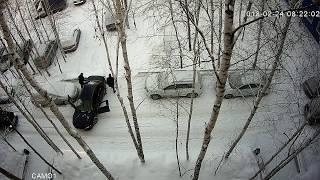 Авария ДТП пьяный водитель перепутал педали (в конце второй удар)