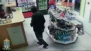 На Ставрополье вооруженный грабитель напал на заправку