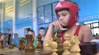 Боксирующие шахматисты: в Советском прошли необычные соревнования