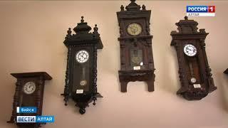 В Бийске спустя 8 лет официально открыли музей часов