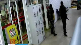 Полицейские разыскивают группу преступников, которые ограбили АЗС около Дивногорска