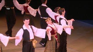 В Уфе проголосовали артисты Государственного ансамбля народного танца имени Игоря Моисеева