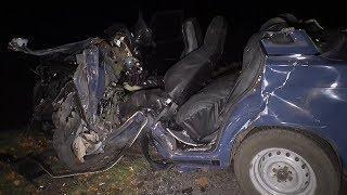 Серьезное ДТП в Каменском районе: погибшего водителя из машины доставали спасатели