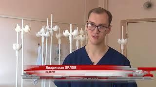 «Работа и есть жизнь»: хирург с почти полувековым стажем рассказал, почему не хочет оставлять работу